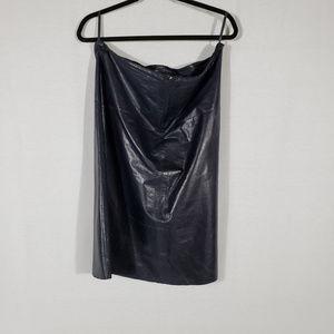 BANANA REPUBLIC/ Leather Navy Blue skirt Size 12